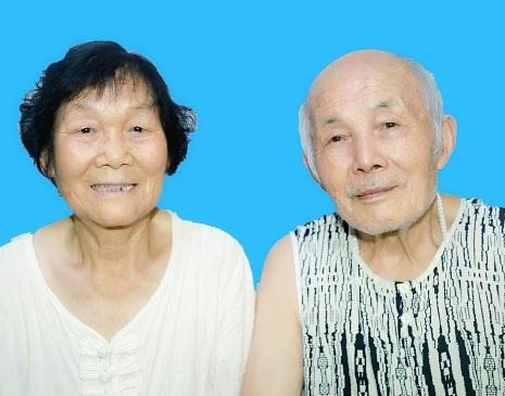 喻天华夫妻合影.jpg
